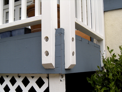 The Wrong Way - A deck with notched railing posts
